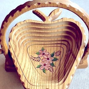 "Collapsible Wood ""Apple Shaped"" Foldable Basket"